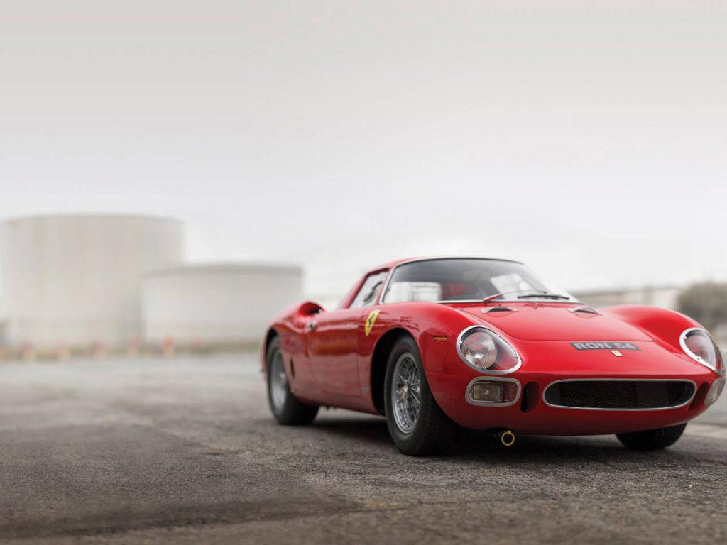 Ferrari ou l'exclusivité dans la ferveur populaire