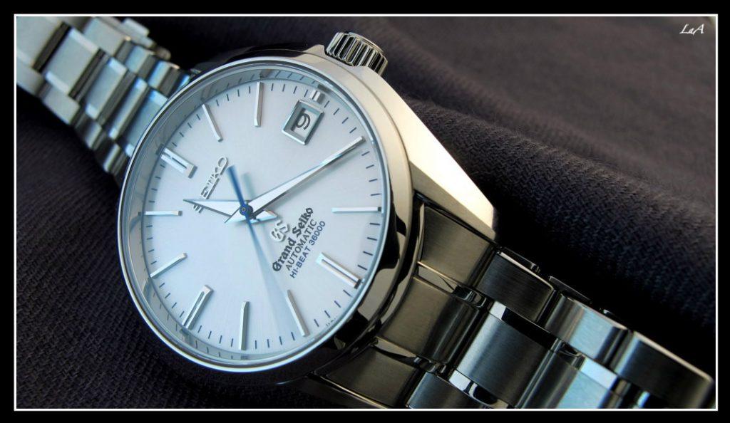 "Grand Seiko Hi-Beat SBGH001, dite ""Perfect Watch""."